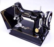 Pre WWII Black Singer Featherweight 221 Sewing Machine